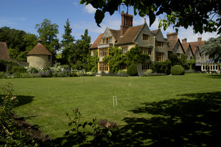 picture of Le Manoir aux Quat' Saisons